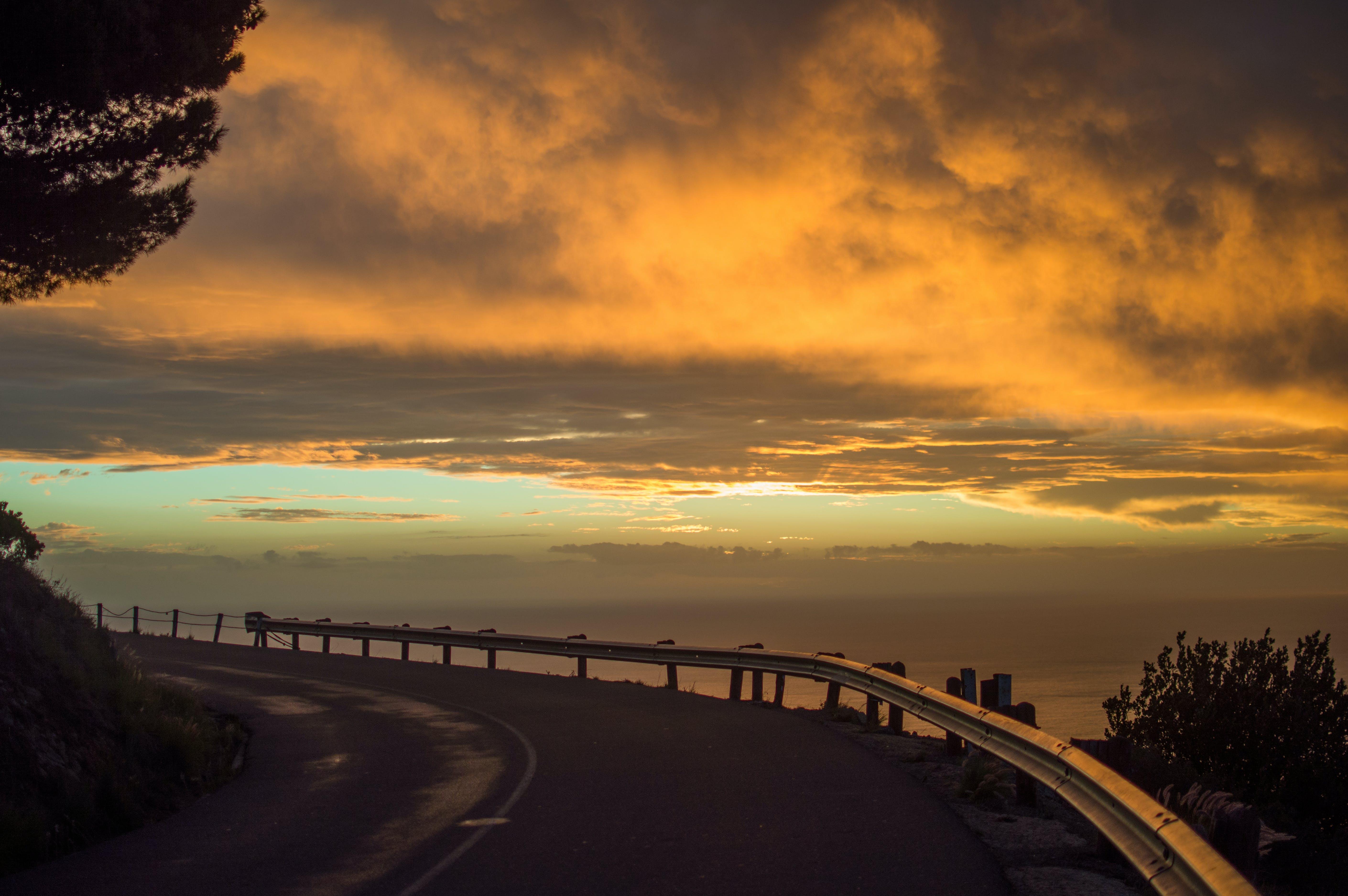 Darmowe zdjęcie z galerii z chmury, zachód słońca