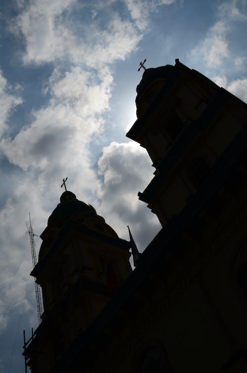 Ingyenes stockfotó Aranyló nap, ecuador, égszínkék, templom témában