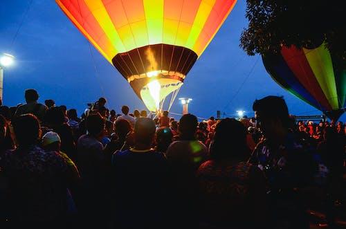 Darmowe zdjęcie z galerii z akcja, balon, balon na gorące powietrze, festiwal