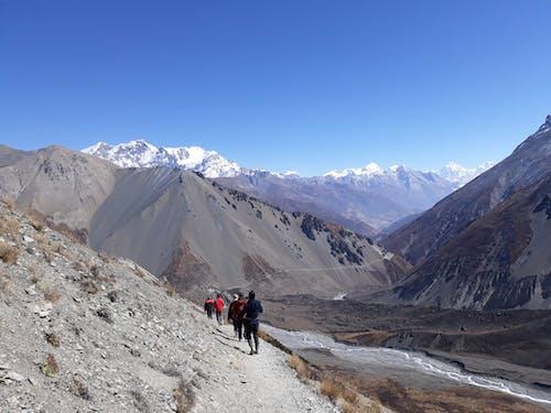 Foto profissional grátis de caminhada, himalaio, khangsar, manang