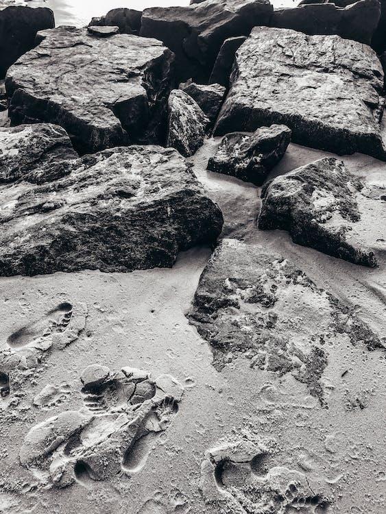batu, bw, hitam & putih