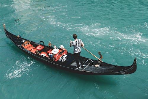 Základová fotografie zdarma na téma Benátky, člun, denní světlo, dopravní systém