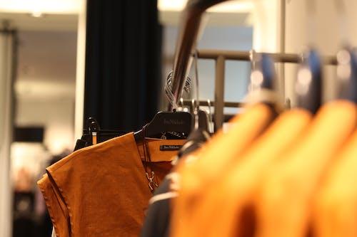 Kostnadsfri bild av boutique, ha på sig, handla, hängande