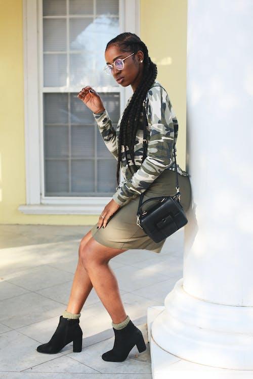 Бесплатное стоковое фото с африканка, афро-американка, женщина, камуфляж