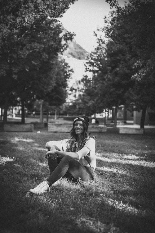 블랙 앤 화이트, 사람, 소녀, 여성의 무료 스톡 사진