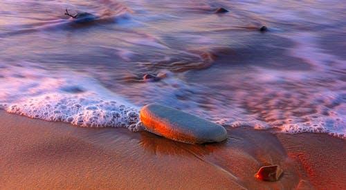 Gratis lagerfoto af hav, rock, sand, strand