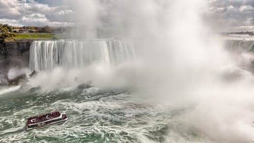 Základová fotografie zdarma na téma cákání, člun, mlha, peřeje