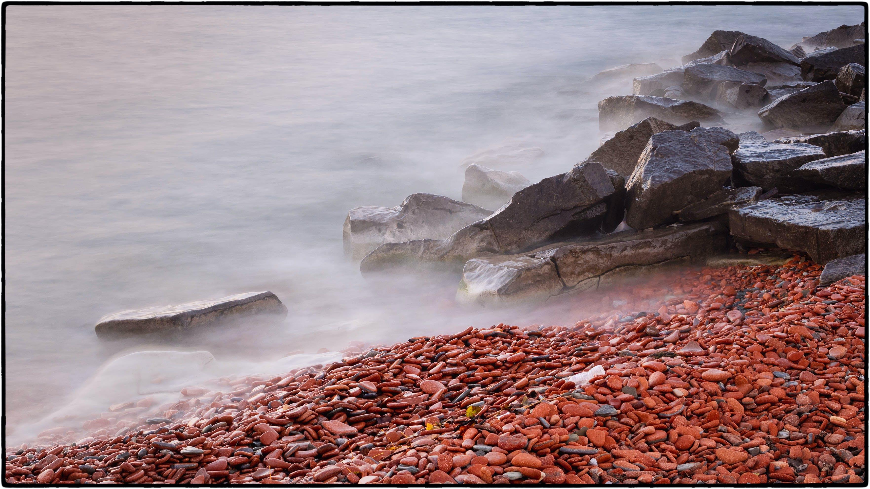 Kostnadsfri bild av dimma, hav, havsstrand, småsten