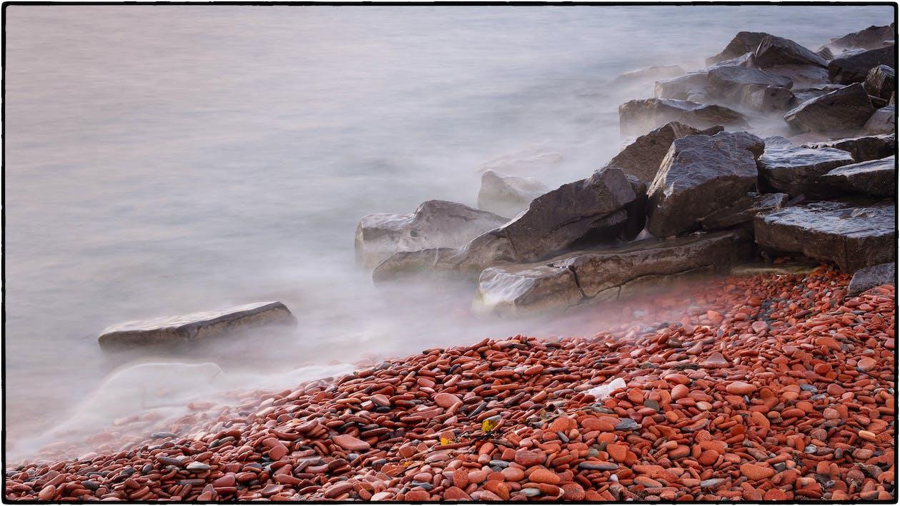 hmla, kamene, more