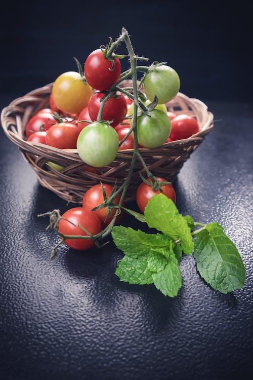 Fotobanka sbezplatnými fotkami na tému čerstvý, cherry paradajky, chutný, detailný záber