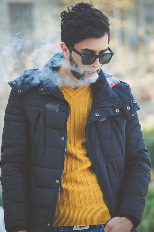 감기, 거리, 남자, 노란색의 무료 스톡 사진