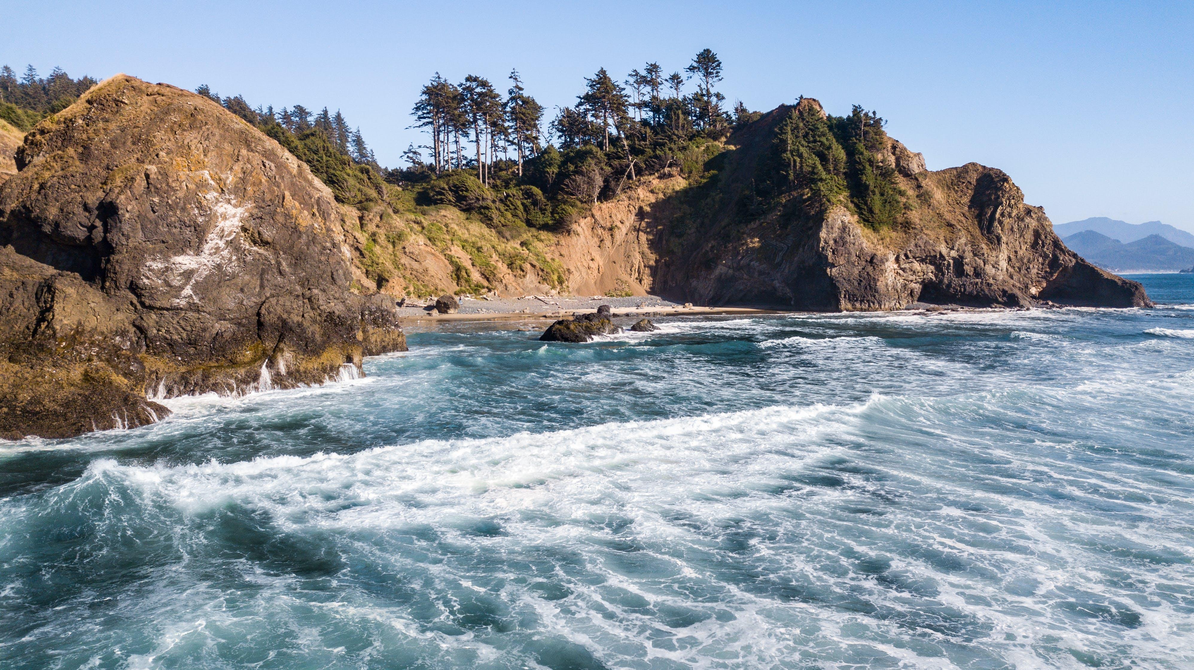 Gratis lagerfoto af bugt, bølgebryder, bølger, dagslys