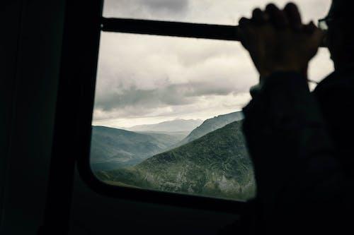 Gratis arkivbilde med bakbelysning, fjell, himmel, kabelbane
