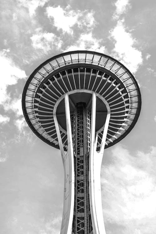 Darmowe zdjęcie z galerii z architektura, budynek, chmury, futurystyczny