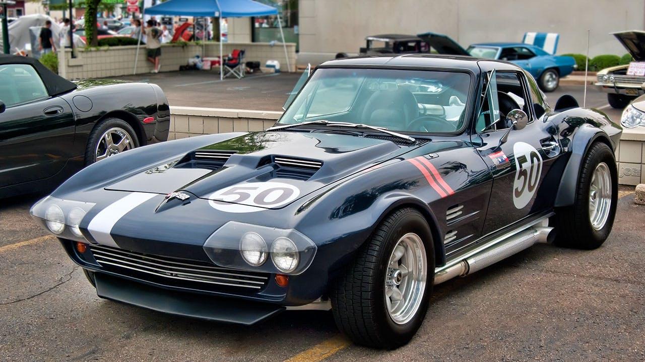 Fotobanka sbezplatnými fotkami na tému auto, automobilový priemysel, kupé (automobil), vozidlo