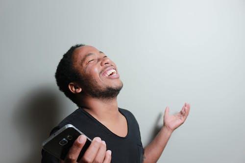 人, 傢伙, 幸福, 微笑 的 免费素材照片