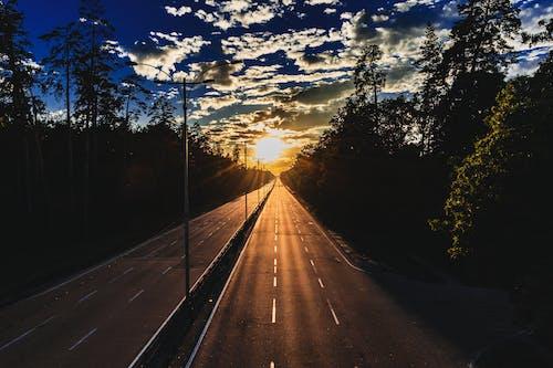 通往日落之路 的 免費圖庫相片