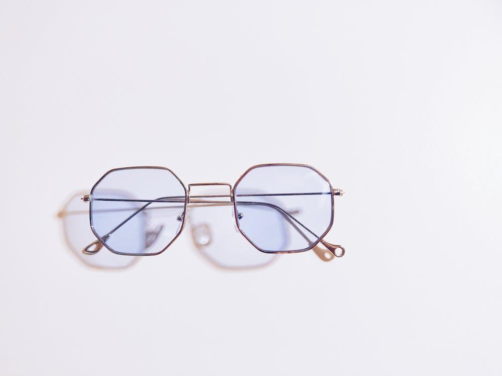 眼鏡, 陰影