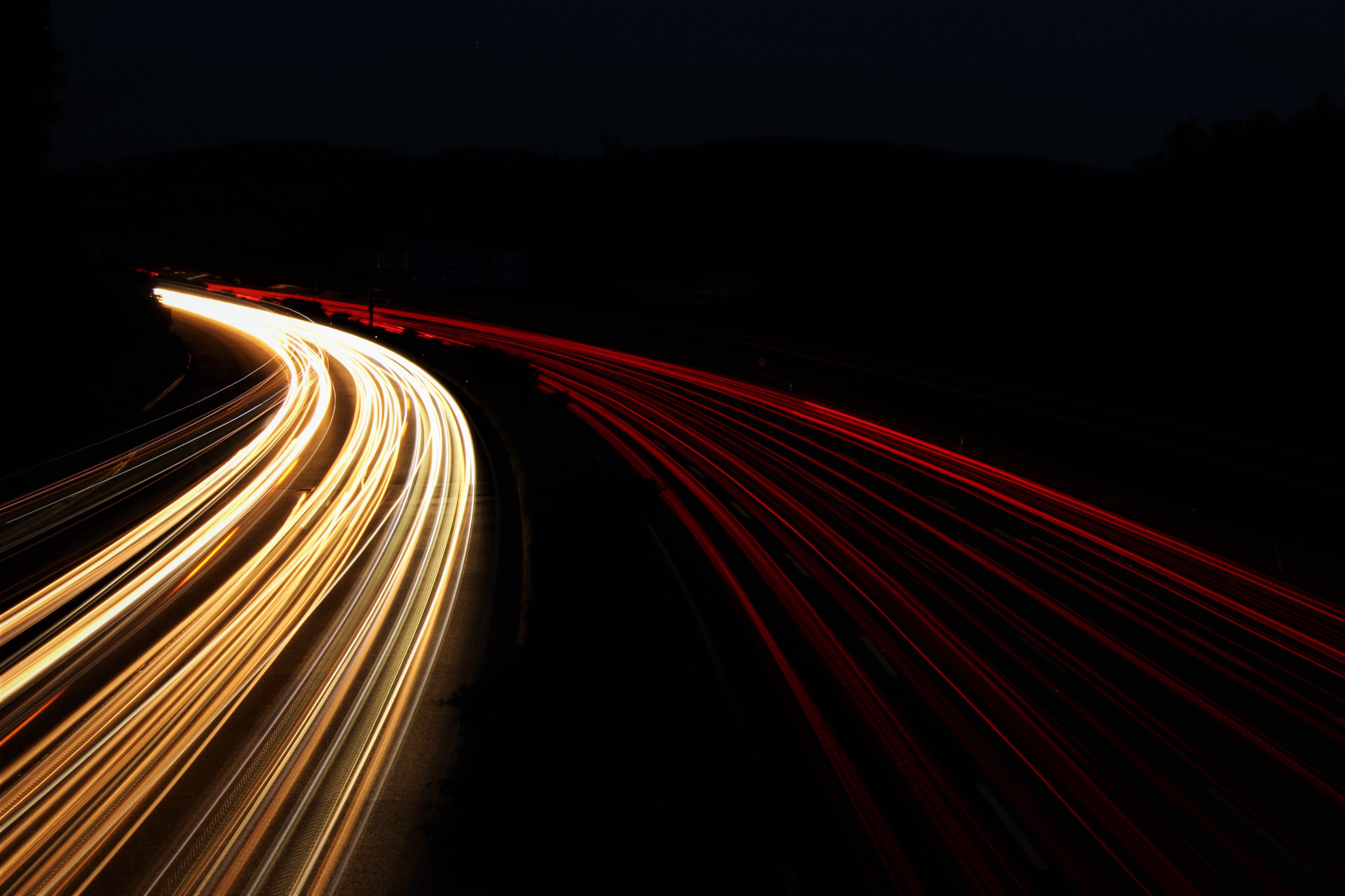 Kostenloses Stock Foto zu autobahn, autoscheinwerfer, belichtung, langzeitbelichtung