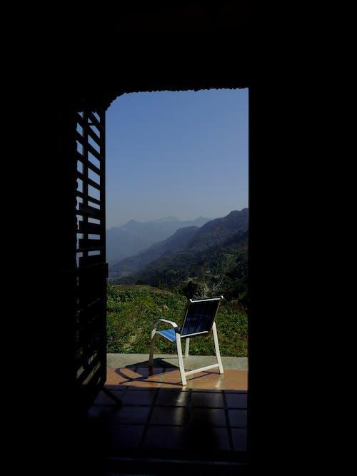 คลังภาพถ่ายฟรี ของ ประตู, ภูเขา, ระเบียง
