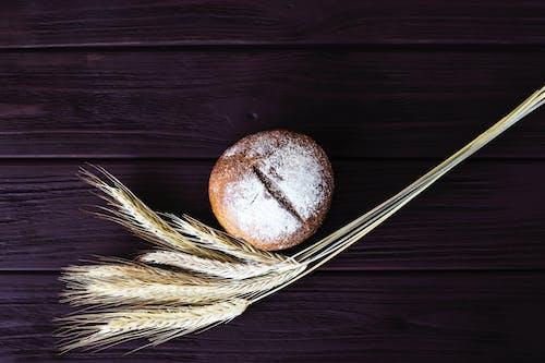 Ilmainen kuvapankkikuva tunnisteilla jauho, lähikuva, leipä, puinen