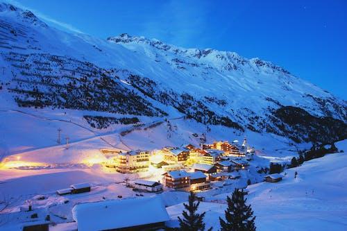 dağ, kar, kış, manzara içeren Ücretsiz stok fotoğraf
