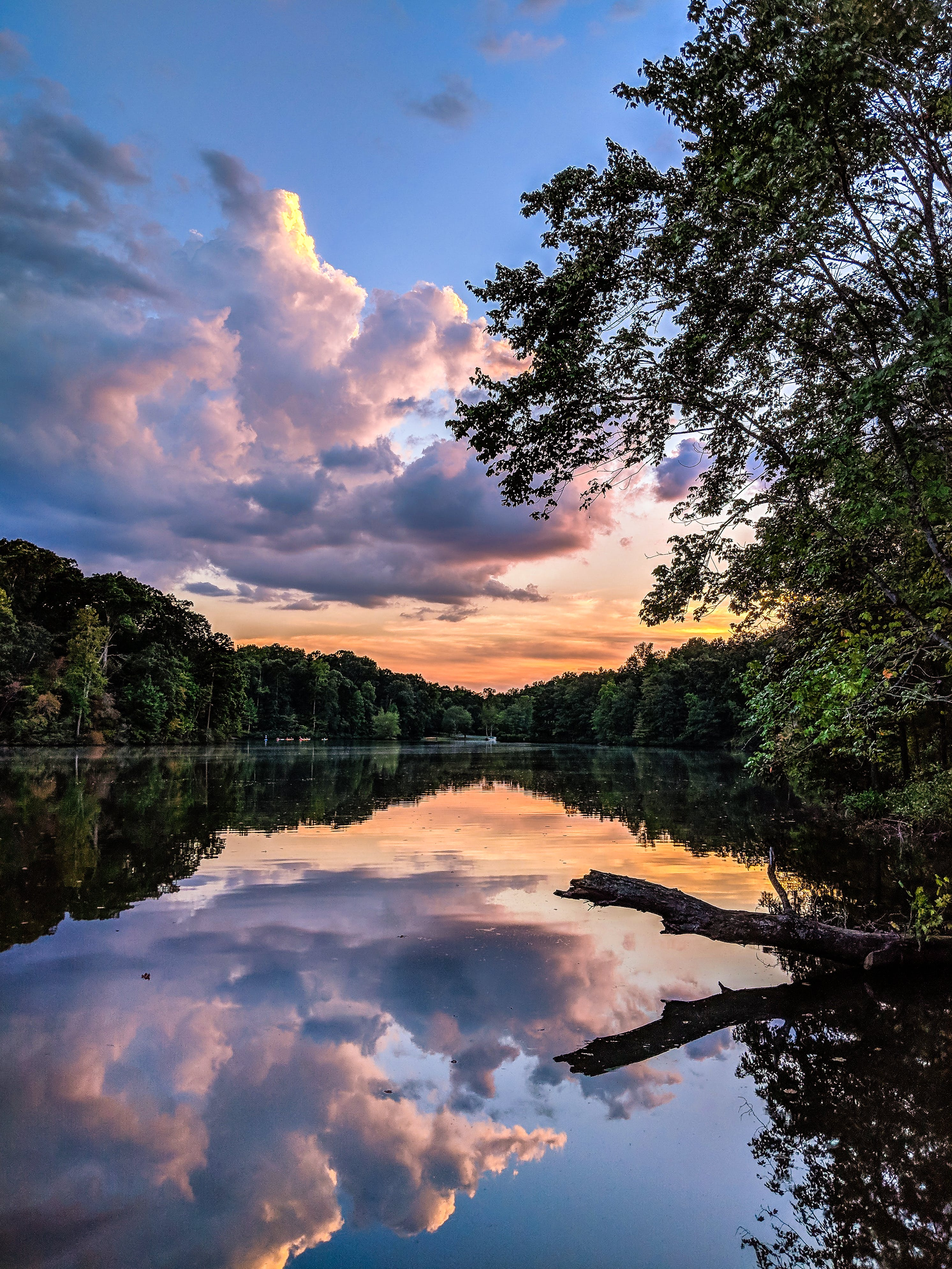 Δωρεάν στοκ φωτογραφιών με δύση του ηλίου, νερό, σύννεφα