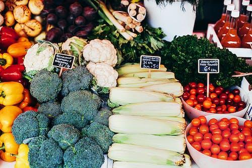 Základová fotografie zdarma na téma brokolice, čerstvý, jídlo, prodávat