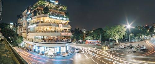 Foto stok gratis Arsitektur, diterangi, gerakan, jalan