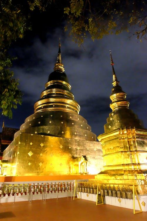 Základová fotografie zdarma na téma chrám, Čiang Mai, noc, noční