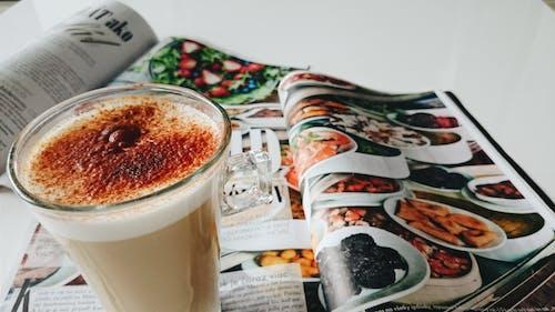 Безкоштовне стокове фото на тему «журнал, Кава»