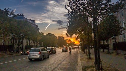 Ilmainen kuvapankkikuva tunnisteilla auringonlasku, bulevardi, pariisi, yö