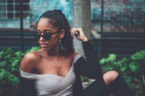 Ingyenes stockfotó arckifejezés, divat, fekete bőrű, fekete lány témában