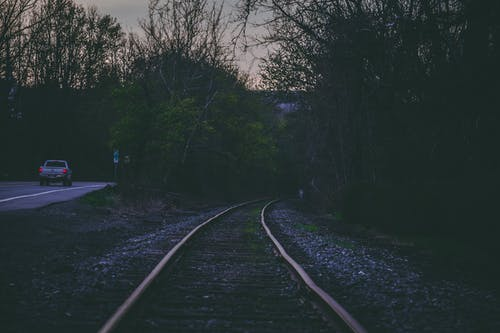 Photos gratuites de acier, arbres, chemin de fer, entraîner