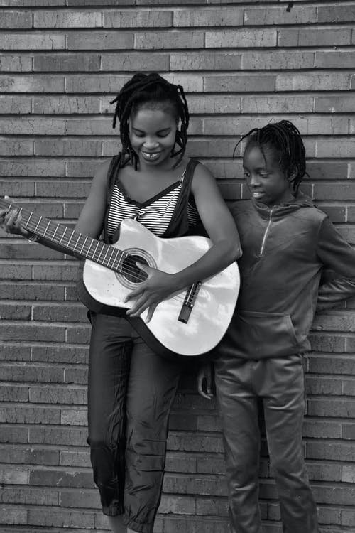 Immagine gratuita di #mabonengprecinto #johannesburg #guitar # b & w