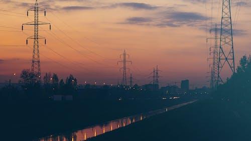 Immagine gratuita di acqua, cielo, linee elettriche, notte