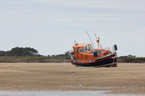 Free stock photo of beach, beached, boat, lifeboat