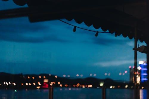 Gratis stockfoto met architectuur, avond, avondlucht, fel