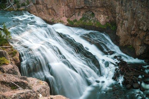 山, 岩石, 急流, 時間流逝 的 免费素材照片