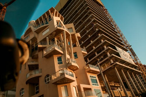 คลังภาพถ่ายฟรี ของ highbulding, weirdbuilding, การเดินทาง, ตึก