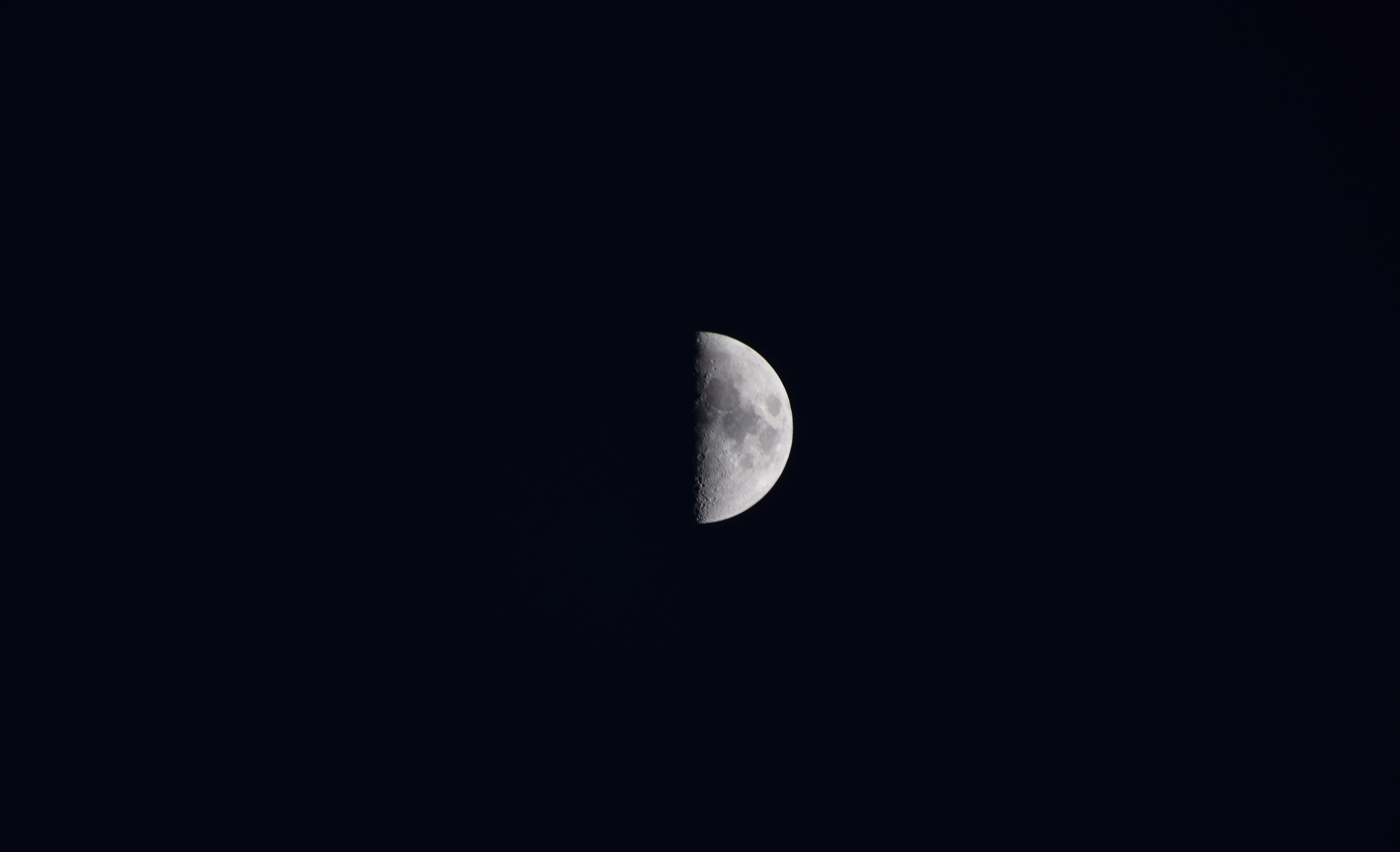 Free stock photo of dark, Dark Sky, half moon, half-moon