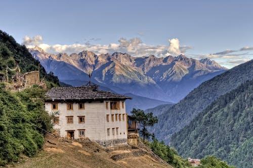 Kostnadsfri bild av alpin, Asien, berg, byggnad