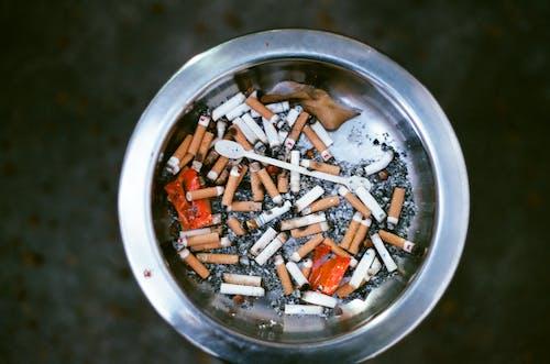 Ảnh lưu trữ miễn phí về bụi bẩn, mông thuốc lá, rác, thùng rác