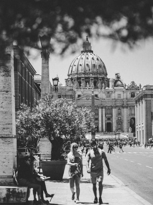 Free stock photo of architecture, black and white, city, couple