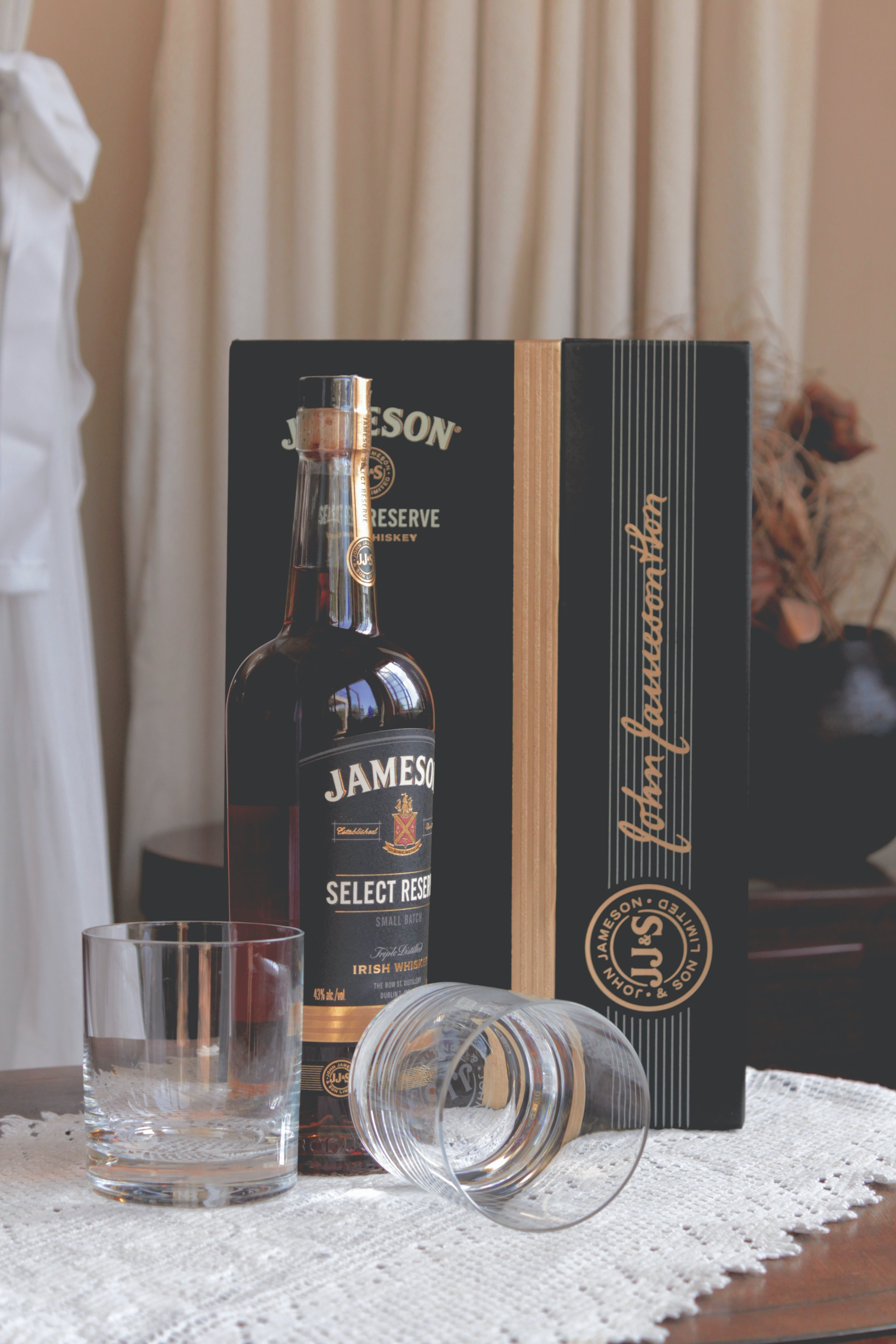 Jameson Select Bottle Near Clear Glass Drinking Cups and Box