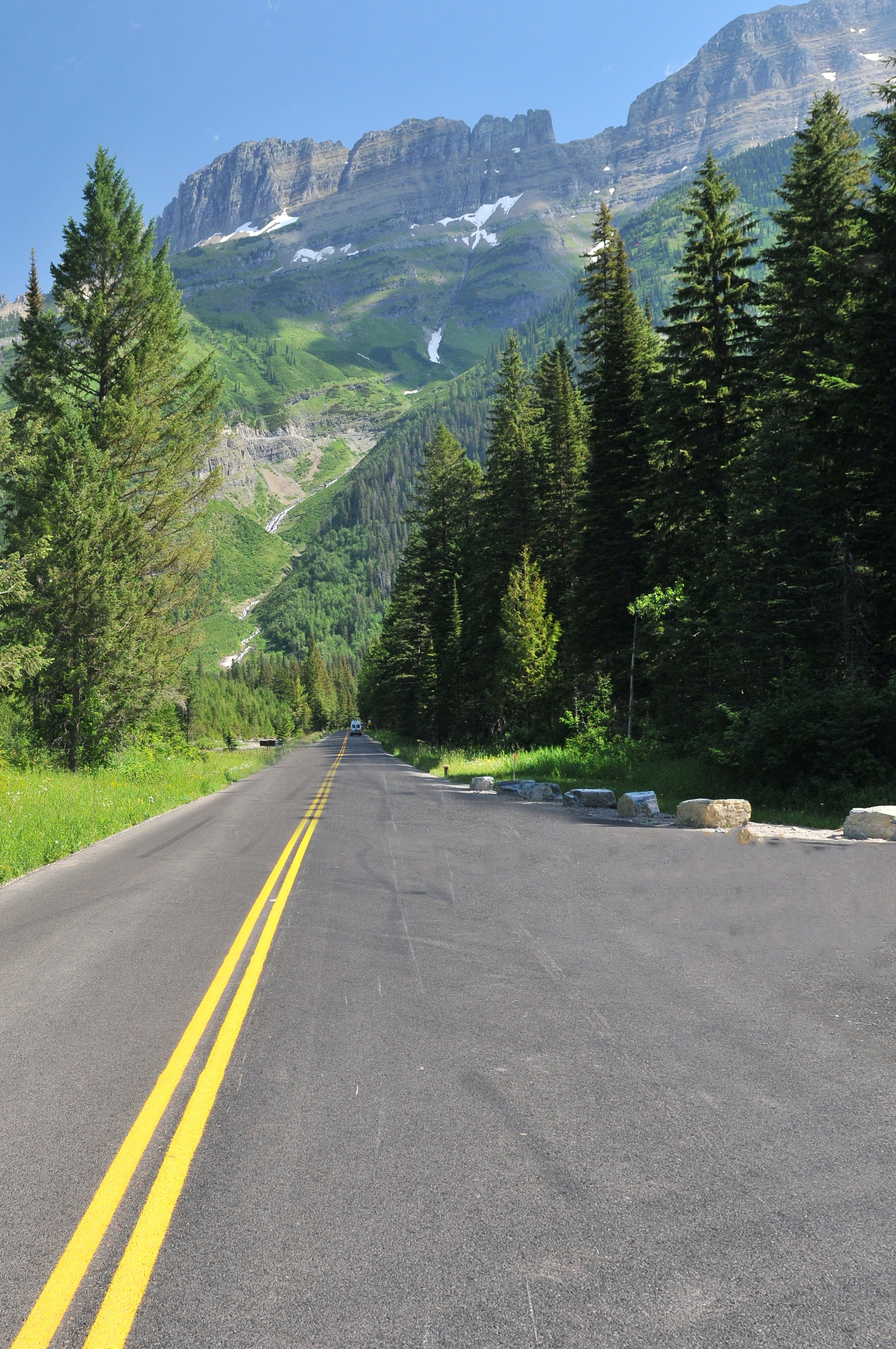 Kostenloses Stock Foto zu asphalt, autobahn, bäume, berg