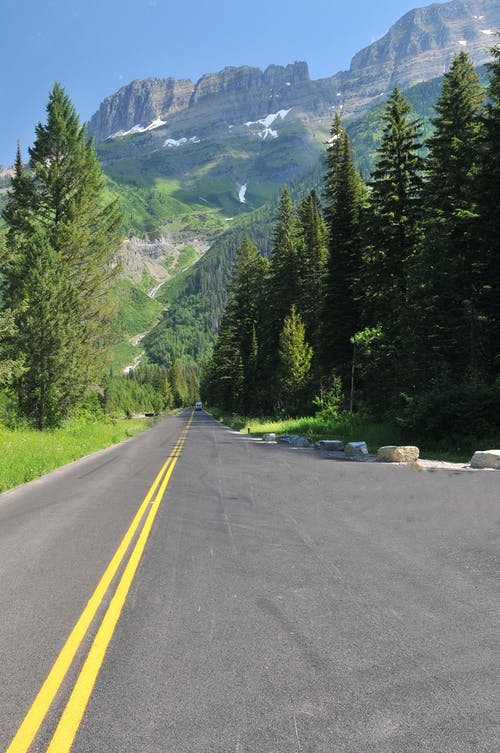 Foto stok gratis alam, aspal, di luar rumah, gunung