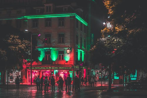 Gratis stockfoto met architectuur, avond, belicht, bomen