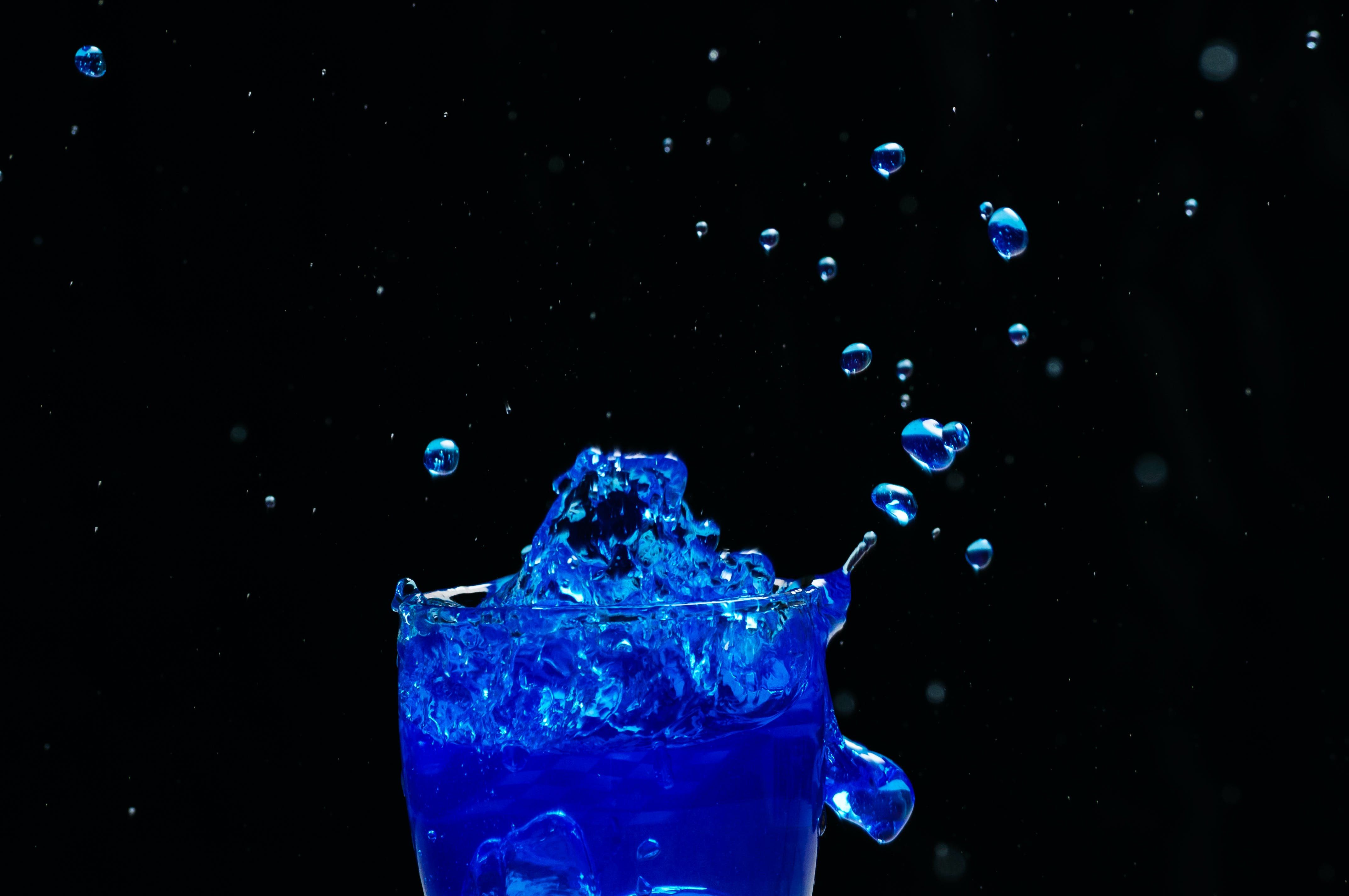 Free stock photo of blue, blue water, color splash, drink