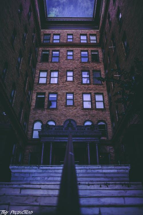 budova, budovy, cesta